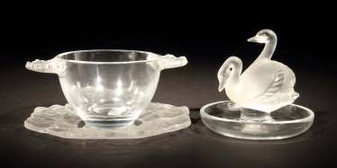 Ring bowl with swans and bowl with geraniums decor Wingen-sur-Moder