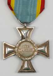 Mecklenburg-Strelitz: cross for distinction in war, in 1914, For bravery, 2. Class - G.