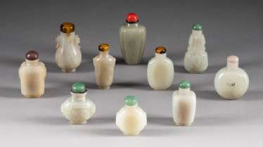 TEN JADE SNUFFBOTTLES China