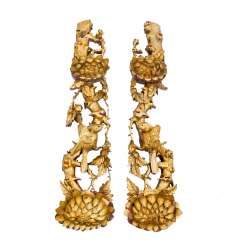 Pair of appliques made of wood. CHINA, 20. Century.