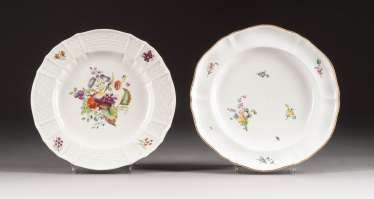 TWO PLATES WITH FLOWERS AND FRUIT PAINTING