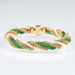 Gold bracelet with emeralds and pearls