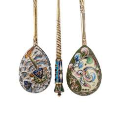 MOSCOW three Cloisonné spoon, early 20's. Century