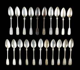 COLLECTION OF 21 DINING SPOONS