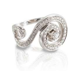 Ring with brilliant-cut diamonds,
