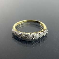 Ladies Ring / half eternity Ring: yellow gold and white gold 585, total of 0.25 carats, very good.