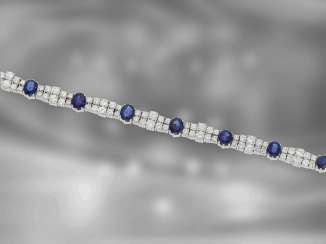 Bracelet: exclusive, extremely beautiful gold bracelet with high quality finishing of fine diamonds and sapphires, total approx. 15ct, made by the court jeweller Roesner for about 32.000,-€