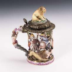 Beer mug with Capodimonte decor