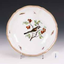 Bowl with bird painting