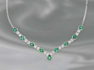 Chain/necklace: decorative white gold diamond/emerald necklace, a total of approx. 2,35 ct, 14K Gold