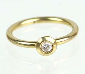 Cubic Zirconia Ring - Yellow Gold 333
