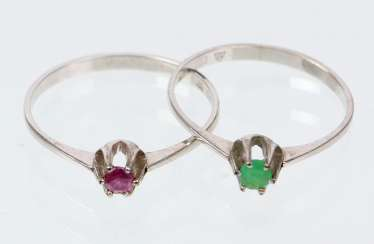 2 sterling silver rings with emerald & ruby - white gold 333