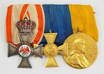 Prussia: Great medalbar of an officer with 3 awards.