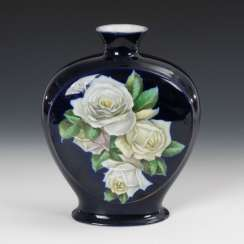 Vase with rose decor, FRAUREUTH.