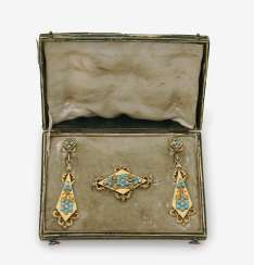 Demiparure, consisting of brooch and ear-rings with Turquoise