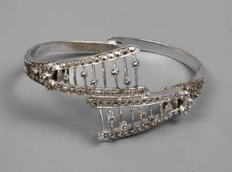 Bangle with marcasite