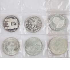 Lot with silver coins, medals, and 1 gold coin