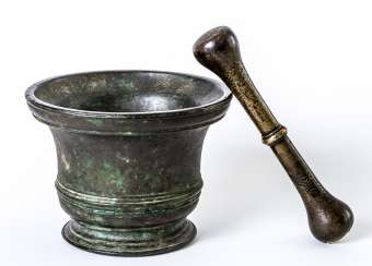 Very large Italian mortar with pestle