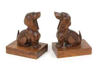 Bookends couple with Dachshund