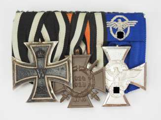 Medalbar of a police officer with 3 awards.
