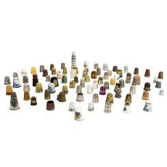 Extensive bundle of thimbles, approx. 115 pieces, including base / noble metal, mainly 20th century: