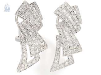 Earrings: very high-quality and modern brilliant/diamond earrings, 18K white gold, approx. 2,35 ct
