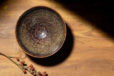 A JIZHOU KILN TUHAO BOWL OF THE SOUTHERN SONG DYNASTY