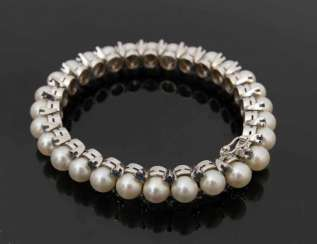 Pearl bracelet WITH STONES, 750 white gold.