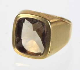 Men's ring with smoky quartz - yellow gold 333