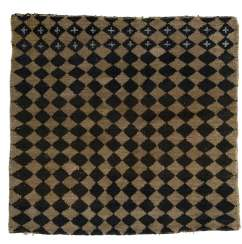 Seat rug with checkerboard pattern