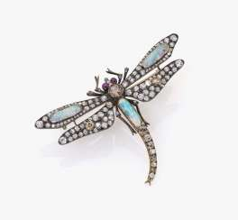 Dragonfly as a trembling brooch, probably England, around 1890
