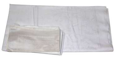 Communion table cloth with 6 napkins
