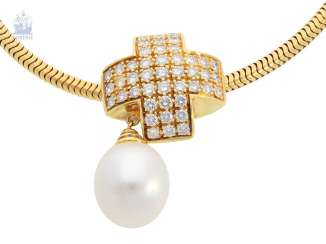 Chain/necklace/pendant: a classic snake chain with a high-quality Wempe pearl/brilliant-gold forged pendant, approximately 0.9 ct, 14K/18K yellow gold