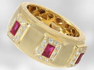 Ring: unique yellow gold ring with rubies and brilliant-cut diamonds, total approx 0,78 ct, 18K Gold, hand work