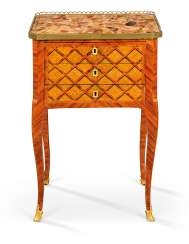 A LATE LOUIS XV ORMOLU-MOUNTED, STAINED FRUITWOOD PARQUETRY AND TULIPWOOD TABLE A ECRIRE