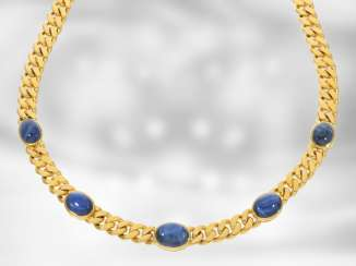Chain/necklace: attractive massive tank necklace with fine sapphire cabochons, total approx. 18,05 ct, 14K yellow gold, the court jeweller Roesner