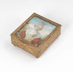 Small box with ivory miniature:
