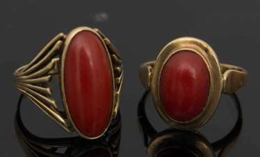 TWO LADIES RINGS