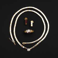 3-piece jewelry set with brilliant.