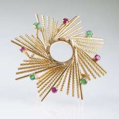 Vintage Gold brooch with rubies and emeralds