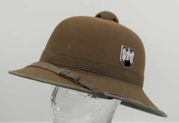 Wehrmacht tropical helmet of the Africa corps, 2. Model.
