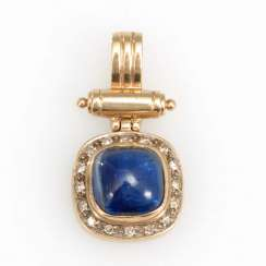 Pendant with sapphire and diamonds.