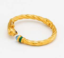 Color stone bangle