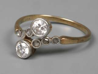 Ladies ring with diamonds