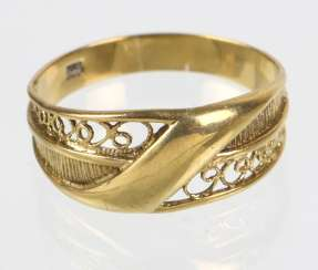 Ladies Ring - Yellow Gold 333