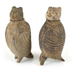 Pair of lidded vessels made of clay in the Form of owls