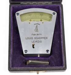 The measuring device in the case of Louis Schopper