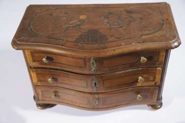 Small Model-Chest Of Drawers