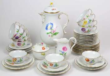 Meissen Service *flower 2* for 12 persons