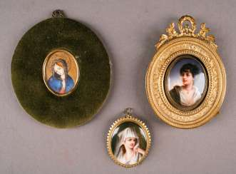 Arts and crafts THREE MINIATURES, Probably France, 19th century. and 20. Century